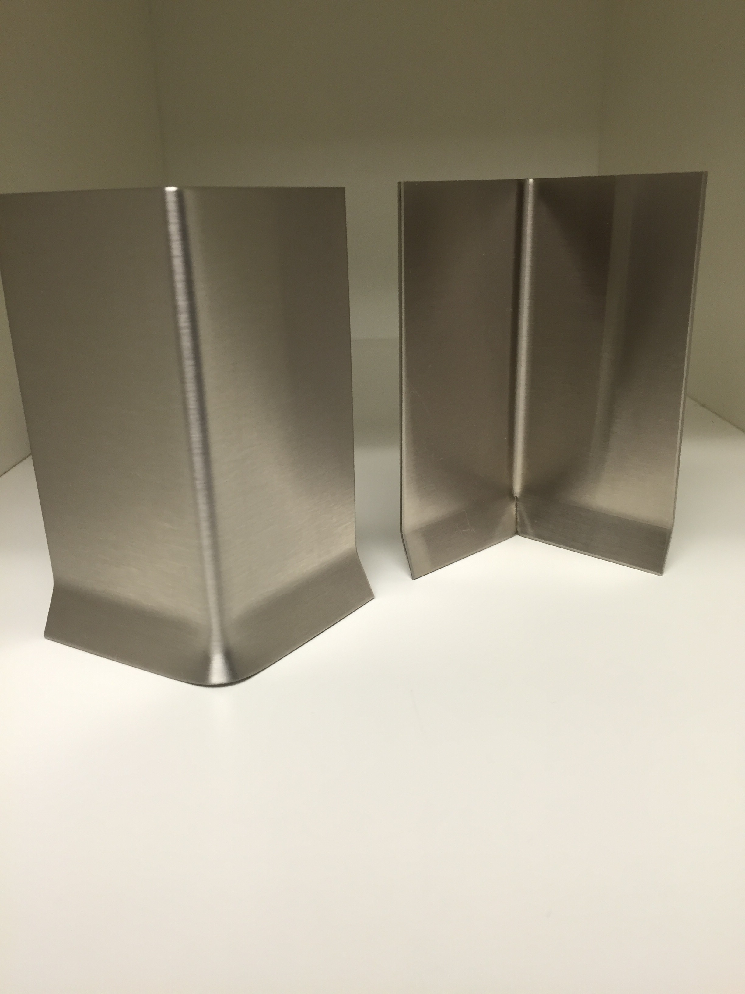 Stainless Steel Cove Straight Base Corners Base Products